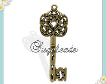 4 Skeleton Keys, Antiqued Brass Heart Keys, Brass Key Pendants 59mm