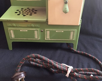 1930's Electric Toy Stove Working Made in Canada