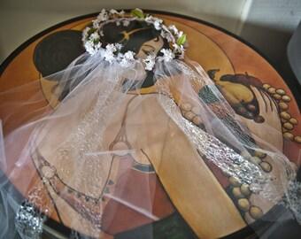 Matching train bridal Crown