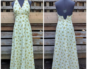 Vintage 1960s or 70s pale yellow long empire waist halter sundress with tiny yellow daisies maxi dress small extra small