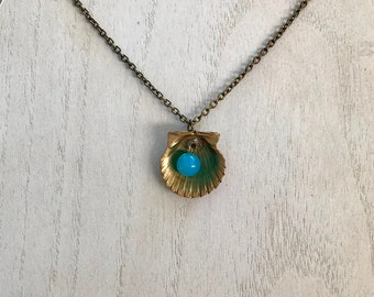 Blue seashell necklace