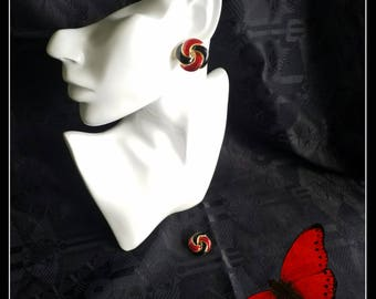 Vintage red, black and gold enamel clip-on earrings