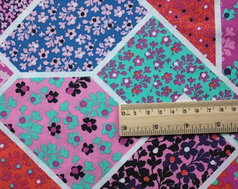 4740 - Floral Field Cotton Fabric - 59 Inch (Width) x 1/2 Yard (Length)