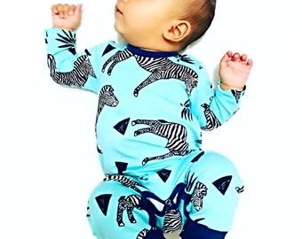 18-24m Zebra Print Onesie, Unisex Baby Onesie, Organic Baby Sleepsuit, Unisex Baby Outfit, Harem Onesie, Unisex Baby Gift, Toddler Onesie
