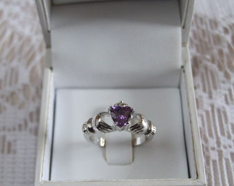 Amethyst  Claddagh Ring/February//Birthstone Ring//engagement//promise//wedding//celtic//gift for her//gift for mom//Irish accessory//