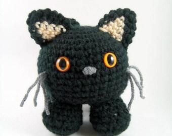 Mugsy, an amigurumi cat - Crochet Pattern - PDF File