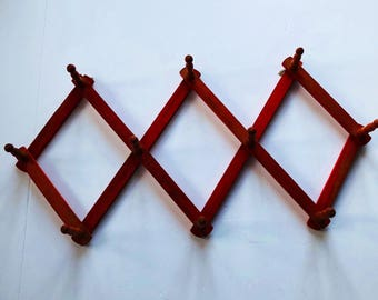 Vintage Faded Red Accordion Wall Hat Rack
