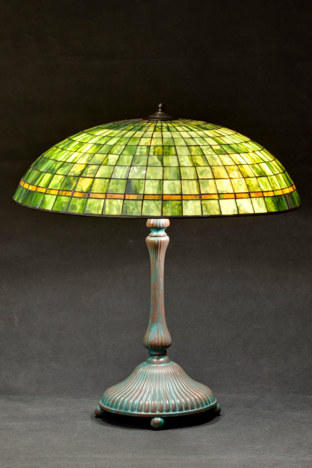 green lamp shade stained glass lamp office decor home. Black Bedroom Furniture Sets. Home Design Ideas