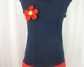 Long navy blue t-shirt with embossed flower