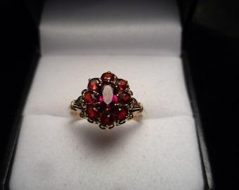 Vintage Garnet Ring.