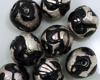 18mm Handmade Black/Silver Foil Bead #XJH001