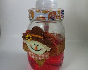 Scarecrow foaming soap dispenser