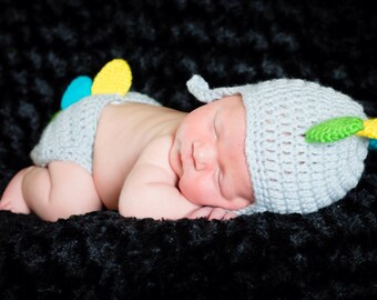 Newborn Dinosaur Hat and Diaper Cover set