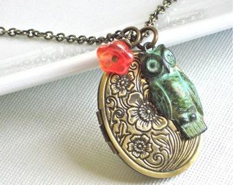 Owl Locket Necklace -  Floral Design, Flower, Keepsake Jewelry, Oval Locket, Brass Locket