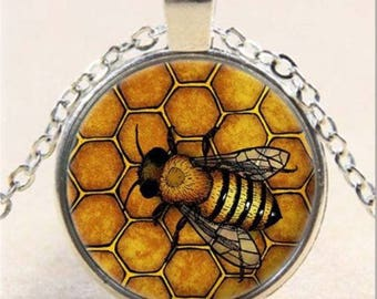 1 PENDANT WITH PICTURE BEE CABOCHON GLASS BEADS TIBETAN SILVER CHAIN.