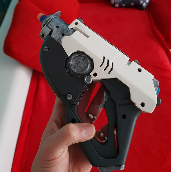 DIY Overwatch Tracer Pulse gun fully functional NERF mod from  Skorpia3dDesigns on Etsy Studio