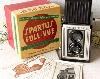 1940s Vintage Spartus Camera - full view box twin lens - 75 MM - Original Box Instructions and advertising leaflet