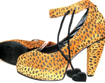 1940s Pinup Style High Heel Leopard Platform Shoe Made in England Womens Ankle Strap Cheetah Print Suede Pump Shoe with Heart Wms US Size 6