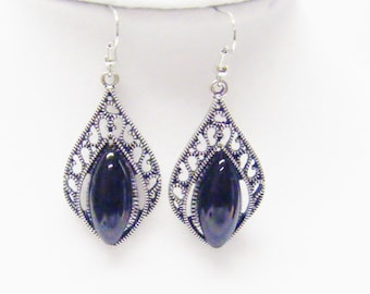 Antique Silver Plated w/Black Oval Cabochon Earrings