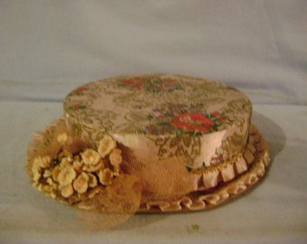 Candy Box in Shape of Lady's Hat