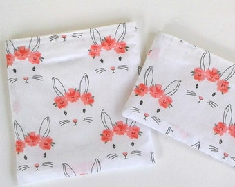 Bunnies in flower crowns Snack bag, BPA free, sustainable, spring gift, Reusable Snack bag, girls lunch bag, school lunch