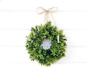 MINI Boxwood Wreath-SPRING Boxwood-Window Wreath-Boxwood Wreath-Country Cottage Wreath-Artifical Boxwood Wreath-Wall Hanging-Small Wreath