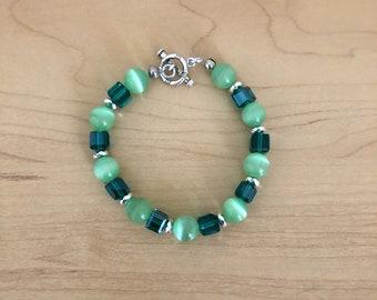 Green cats eye bracelet