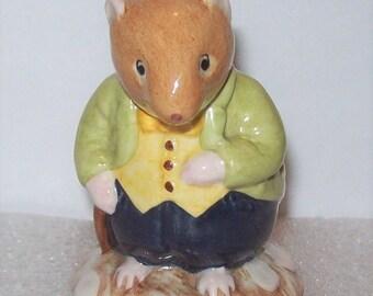 Rare Royal Doulton Jill Barklem mice Brambly Hedge DBH 13 OLD VOLE mouse