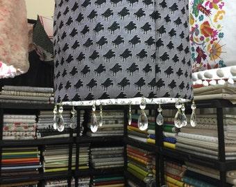 Lamp shade frame