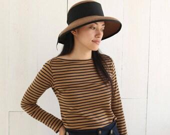 A Boatneck  Knit  T shirt