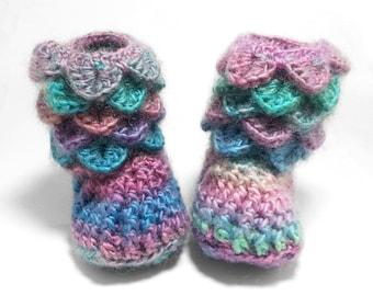 Newborn Girl Slippers - Crochet Baby Booties - Crochet Baby Shoes