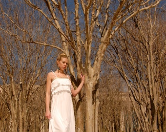 Dawn 1970's VINTAGE White Bohemian Flowy Tiered Maxi Dress