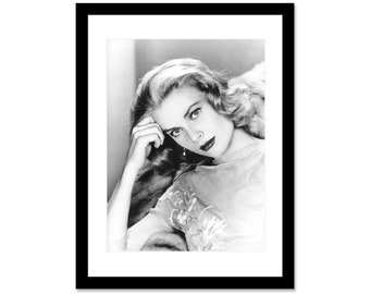 Black and white photo of Grace Kelly