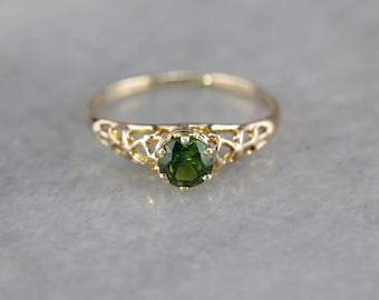 Demantoid Garnet Solitaire Filigree Ring, Vintage Garnet Ring Z4M3Q2-N