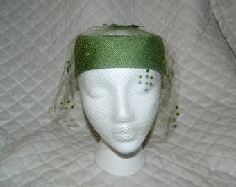 Toppettes Green Vintage hat with netting