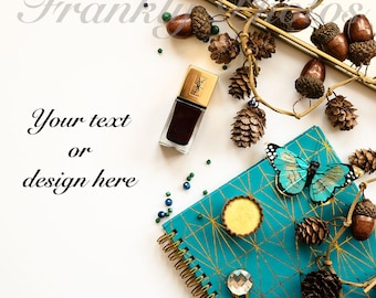 Instagram Square / Green & Gold Winter Styled Stock Image / Stock Photo / Desktop / Stock Photography / Flatlay / Frankly Photos File #28sq