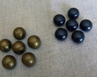 Button vintage gold and blacks