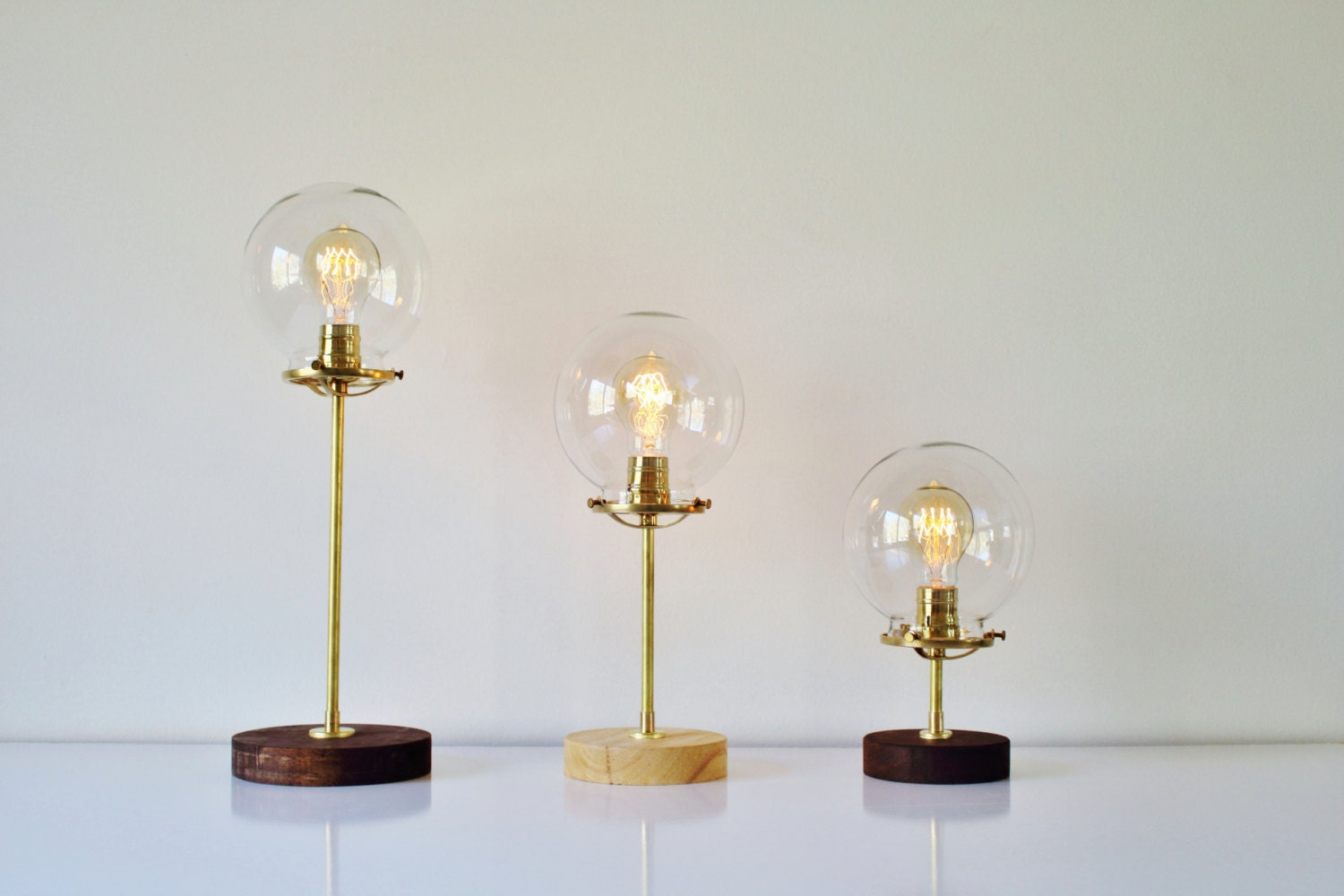 🔎zoom - Globe Table Lamp Industrial Brass And Wood Desk Lamp Round