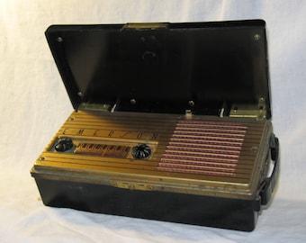1948 Emerson Personal Portable Tube Radio
