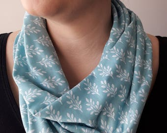 Floral Infinity Scarf, DAPHNE Pattern