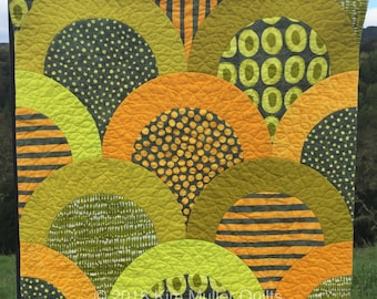 "Contemporary quilted wall hanging. Modern fabric textile art. Clam shell  orange/lime green/Yellow/gray Approx 23""x23"""