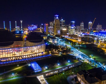 Kansas City Skyline ROYALS