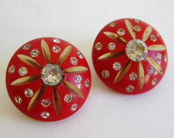 Vintage 40s Carved Cherry Red Lucite Rhinestone Clip On Earrings