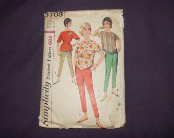 Vintage 1966 Simplicity Separates Sewing Pattern 3703