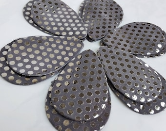 12pcs  Polka Dots Leather Teardrops, Silver  on Gray Suede Genuine Leather