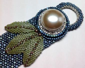 Beading Kit for Peyote Bracelet with Pearl Button Clasp
