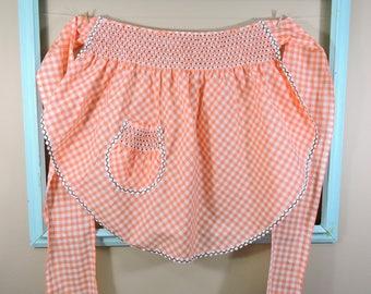 Vintage Peach Gingham Apron / Gingham Vintage Apron / Orange and White Apron