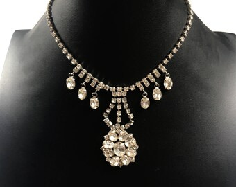 1960s necklace // vintage necklace // rhinestone