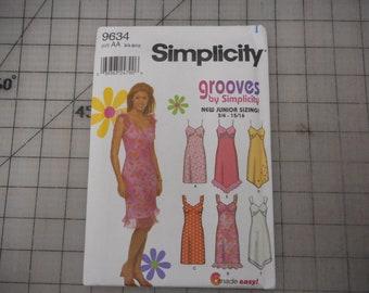 Summer Sundress Sewing Pattern - Unused Simplicity 9634