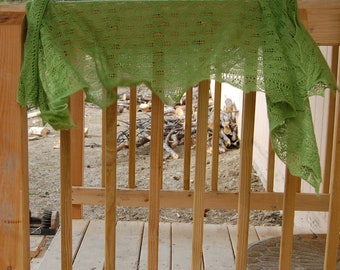 Spring Leaves Knitting Pattern